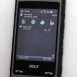 另一面就是常見的Windows Mobile手機設計。