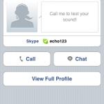 Skype能顯示聯絡人的詳細資料,裡面也可致電或傳送文字訊息。