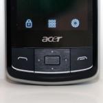 螢幕下方備有五方向按鍵及接聽掛線鍵。